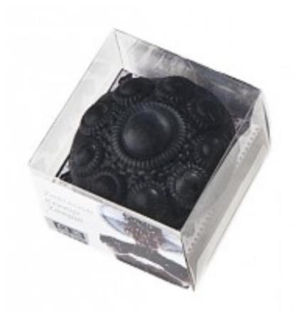 Zeeuwse knop zeepje zwart in vensterdoosje