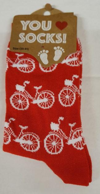 Rode sokken met witte fietsen
